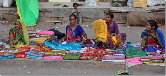 Marchandes-saris-J3 (6)