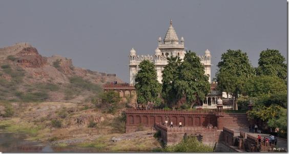 Mausolee-Jaswant-Thada-8_thumb.jpg