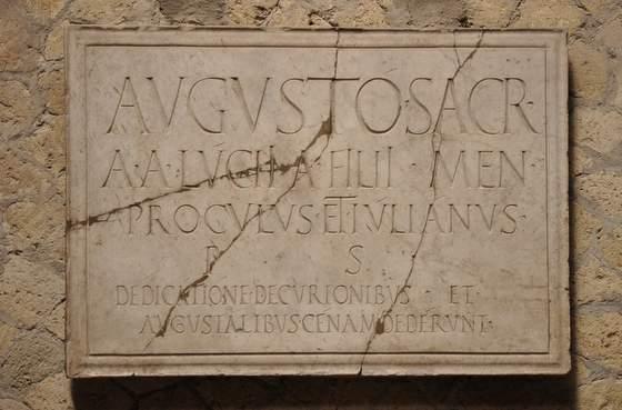 Herculanum-Colleg des Augustales (1)