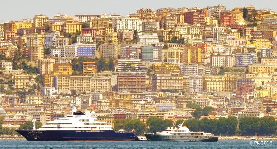 Ville-Naples-Vue de mer-1