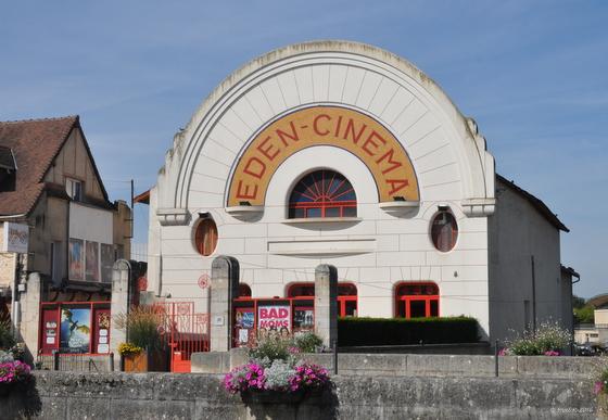 Cosne et son cinéma à l'architecture art déco des années 1929