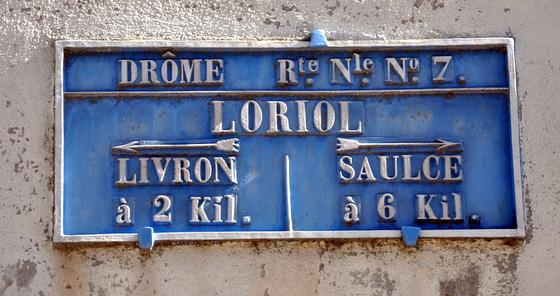 1022-loriol