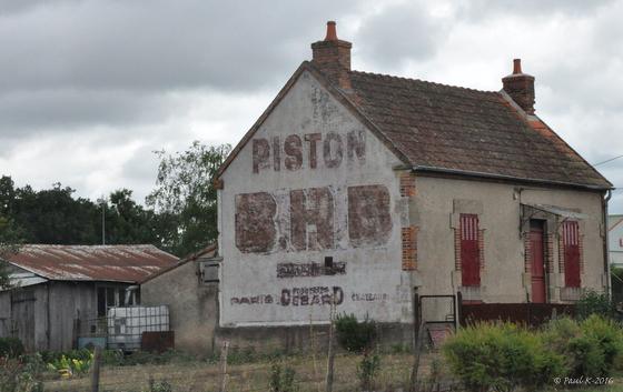 pistons-pub