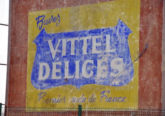 1223-pub-vittel